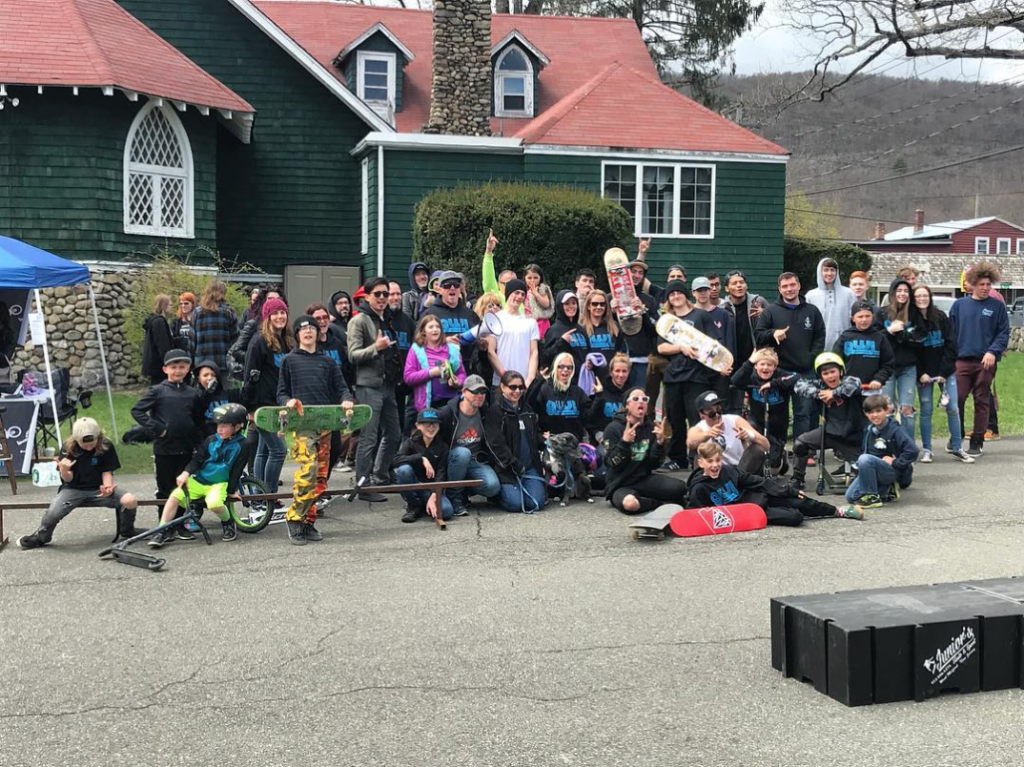 1st Annual DoItForDale Skate Contest group photo, taken by our sponsor Nimbus Skateboards